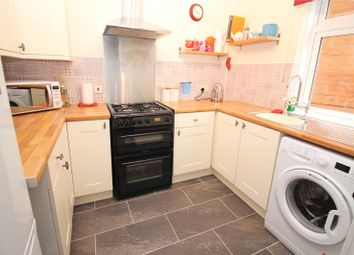 Thumbnail 1 bed flat for sale in Shearwood Crescent, Crayford, Kent