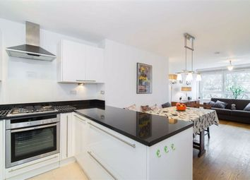 Thumbnail 1 bedroom flat for sale in Waxham, London, London