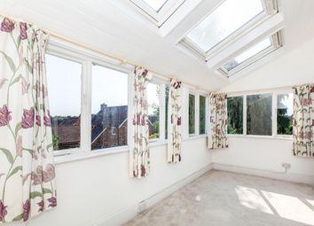Thumbnail 3 bedroom flat to rent in Boyn Hill Avenue, Maidenhead