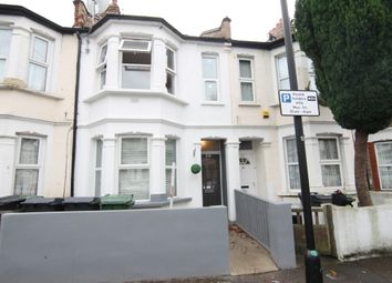 Thumbnail 2 bed flat to rent in Waverley Road, London