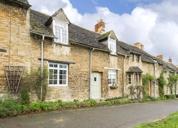 Thumbnail 2 bedroom cottage to rent in The Hill, Burford