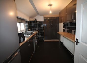 Thumbnail 2 bed flat to rent in Eakring Road, Mansfield