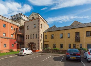 Thumbnail 2 bed flat for sale in 27 Fowlers Court, Prestonpans