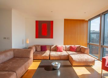 2 bed flat to rent in One West India Quay, Canary Wharf, London E14
