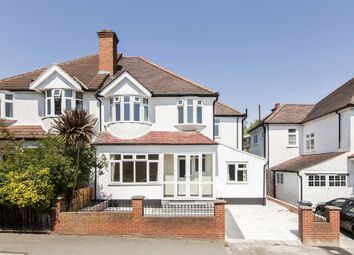 5 bed property to rent in Rosedene Avenue, London SW16