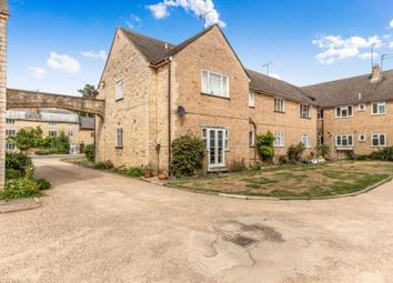 Thumbnail 2 bed flat for sale in Aynho Court, Croughton Road, Aynho, Banbury