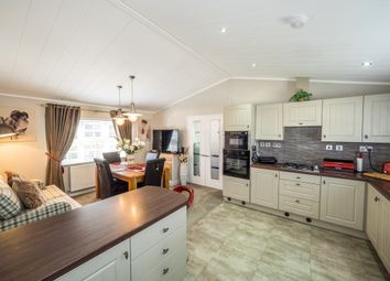 Thumbnail 3 bed mobile/park home for sale in Red Lane, Burton Green, Kenilworth