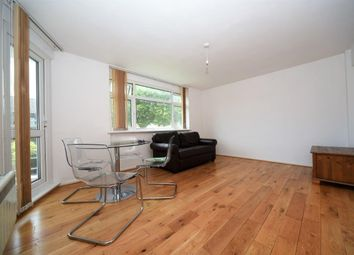 Thumbnail 1 bed flat to rent in The Walks, East Finchley