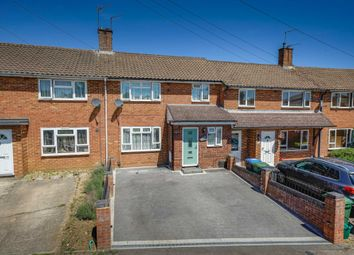 Thumbnail 3 bed property for sale in Long Chaulden, Warners End