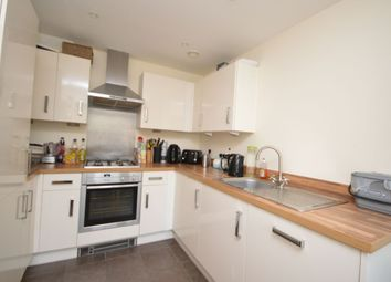 Thumbnail 2 bed property to rent in Cazeneuve Street, Rochester