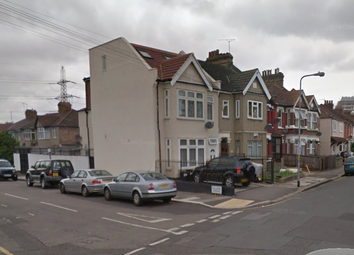 Thumbnail Studio to rent in Riverdene Road, Ilford