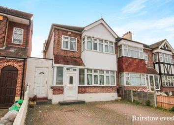 Thumbnail 3 bed property to rent in Brackley Square, Woodford Green