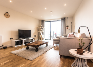 3 bed flat for sale in The Arc, 16 Maltby Street, London SE1