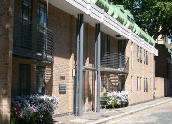 Thumbnail Room to rent in The Colonade, London