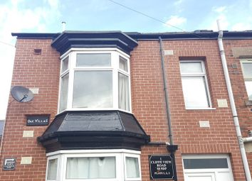 Thumbnail 1 bed flat to rent in Cliffe View Road, Sheffield