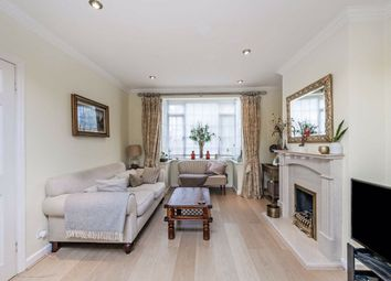 3 bed property for sale in Braund Avenue, Greenford UB6