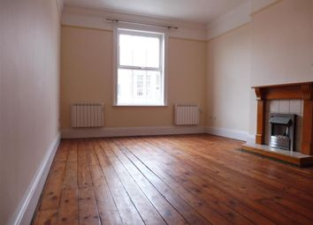 Thumbnail 3 bed flat to rent in London Road, Grantham