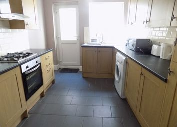Thumbnail 3 bedroom end terrace house to rent in Havelock Road, Luton