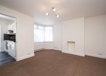 3 bed maisonette to rent in Tanfield Avenue, Gladstone Park, Dollis Hill NW2
