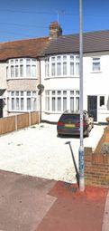Gorseway, Rush Green, Romford RM7. 4 bed terraced house
