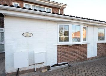 2 bed maisonette to rent in Hawkesbury Drive, Calcot, Reading RG31