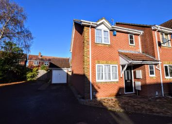 3 bed semi-detached house for sale in Plough Close, Aylesbury HP21