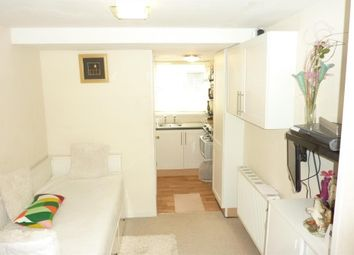Thumbnail Studio to rent in Booth Close, Thamesmead, London
