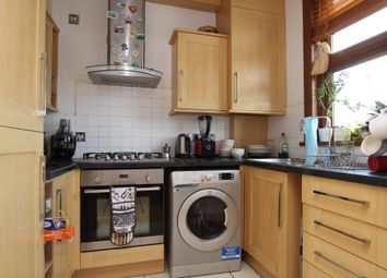 3 bed flat to rent in Green Lane, Essex, Ilford IG3