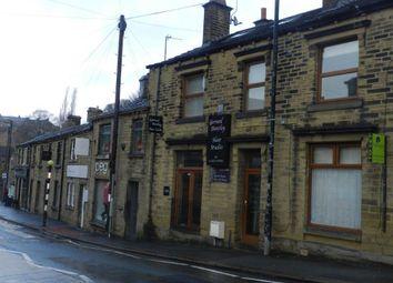 Thumbnail 1 bed flat to rent in North Road, Kirkburton, Huddersfield
