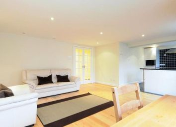 Thumbnail 2 bed flat to rent in Wheat Sheaf Close, Canary Wharf, London