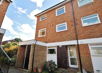 2 bed maisonette to rent in Cotelands, Croydon CR0