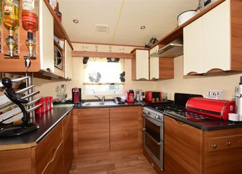 Thumbnail 2 bedroom mobile/park home for sale in Thorness Lane, Cowes, Isle Of Wight