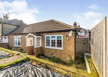 Moor Lane, Chessington, Surrey KT9. 2 bed bungalow