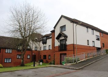 Thumbnail 2 bedroom flat for sale in St Georges Court, Eaton Avenue, High Wycombe