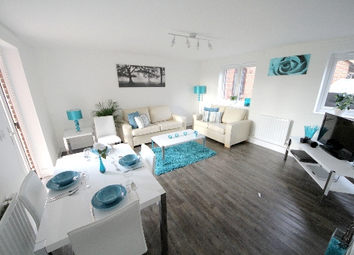 Thumbnail 3 bed flat to rent in Claremont Grove, London