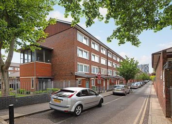 2 bed maisonette for sale in Tolsford Road, London E5
