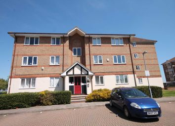 Thumbnail 1 bedroom flat for sale in Chandlers Drive, Erith