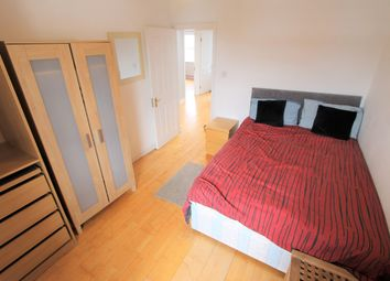 Thumbnail 3 bed flat to rent in Ladbroke Grove, London