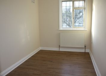 Thumbnail 2 bed flat to rent in Wesley Avenue, Iver