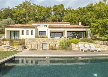 Thumbnail 4 bed detached house for sale in 06740 Châteauneuf, France