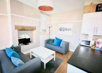 Thumbnail Room to rent in Knowle Place, Burley, Leeds