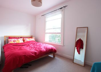 Thumbnail 2 bed flat to rent in Longbeach Rd, London