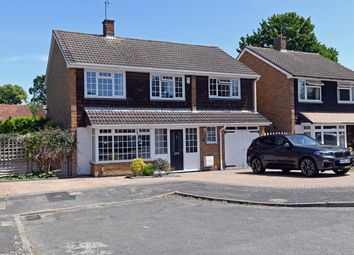 Thumbnail 4 bed detached house for sale in Coniston Close, Leverstock Green, Hemel Hempstead