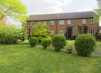 1 bed maisonette to rent in Venton Close, Woking GU21