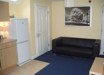 Thumbnail 1 bed flat to rent in Woodhouse Street, Leeds