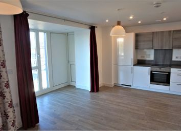 Thumbnail 1 bed flat for sale in 1 Jefferson Plaza, London