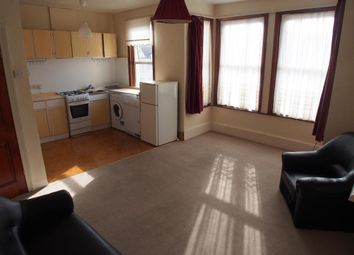 Thumbnail 2 bed flat to rent in Natal Road, Bounds Green, London