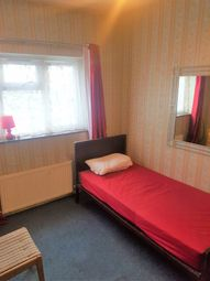 Thumbnail 5 bedroom shared accommodation to rent in Dunstable Road, Luton
