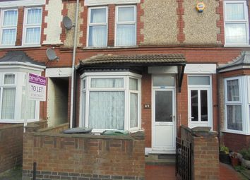 Thumbnail 2 bedroom terraced house to rent in Selbourne Road, Luton