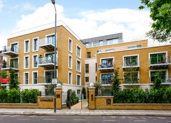 Thumbnail 2 bedroom flat to rent in Oakhill Road, London